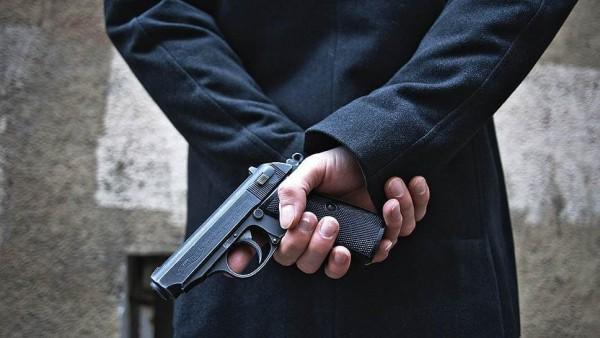 Неизвестный стрелок убил пол…