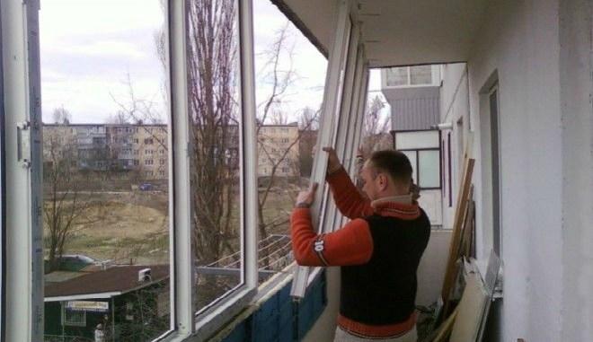 Вот почему люди массово снимают пластиковые окна