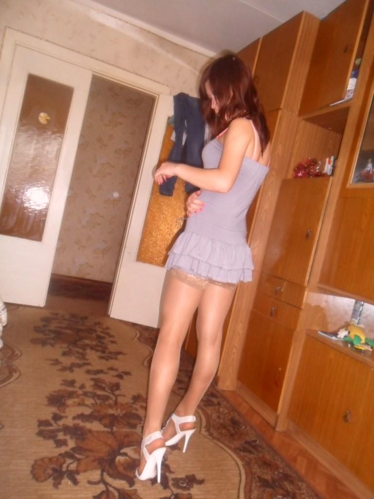 Частное девушек в коротких платье