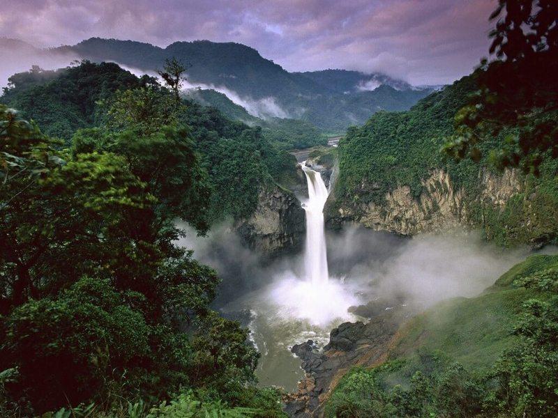 От Гавайев до Монголии: Путеводитель по водопадам, о которых не знают туристы