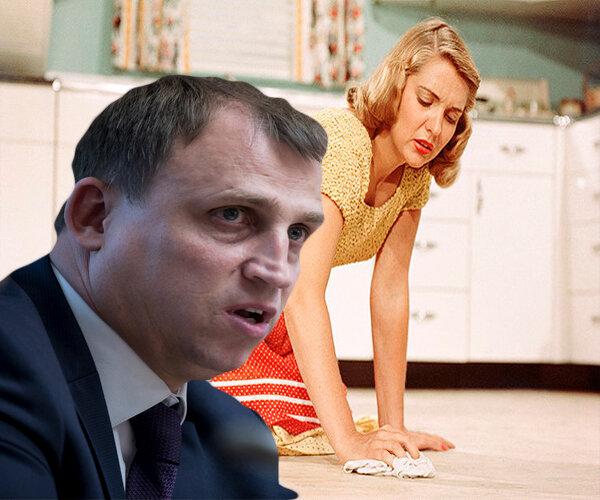 Депутат Вострецов: налоги должны платить даже домохозяйки. Они самозанятые, пускай за них налог платят мужья