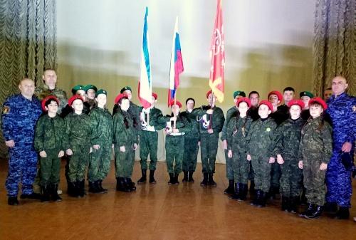 Крымские росгвардейцы принял…