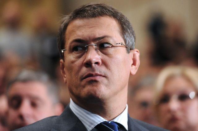 Врио главы Башкирии принял отставку 8 вице-премьеров регионального кабмина