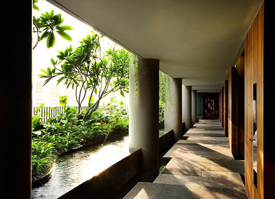 Parkroyal15 Уникальный сад на фасаде отеля в Сингапуре