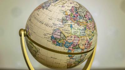 В Могилеве запретили продавать глобусы с «российским Крымом»