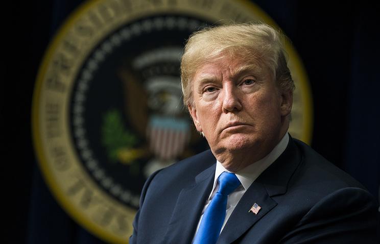 Bloomberg: Трамп решил выслать десятки российских дипломатов из США из-за дела Скрипаля
