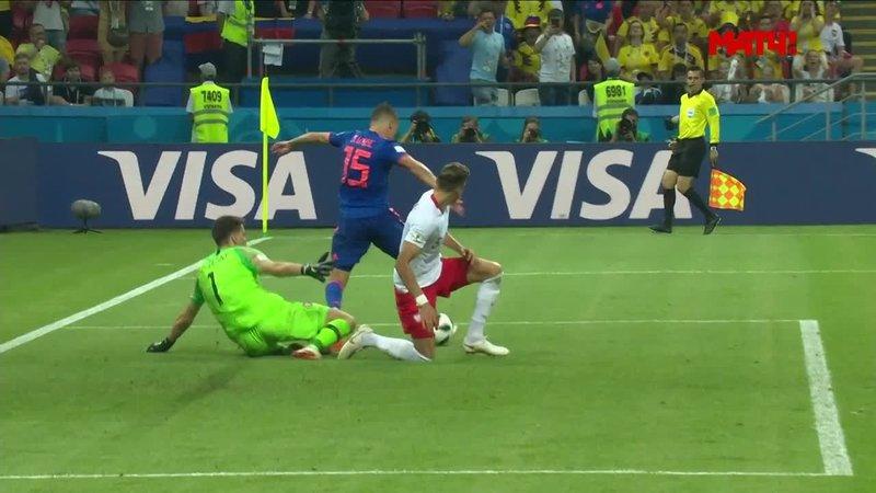 Польша - Колумбия. Урибе едва не забил пяткой