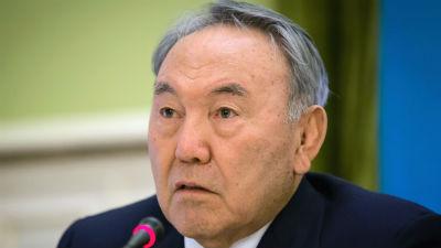 Партия Назарбаева набрала на…