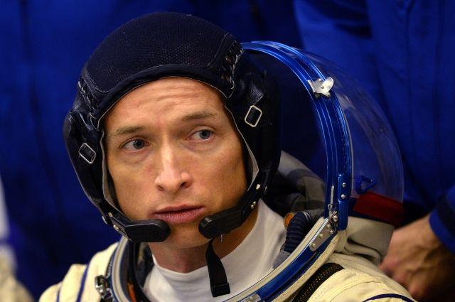 Путин присвоил космонавту Рыжикову звание Героя России