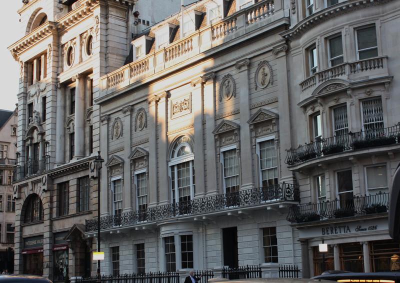 13. Джентльменский клуб Уайта (Лондон, Англия) вокруг света, интересное, факты