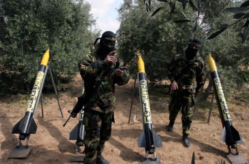 По Израилю выпущены почти четыре сотни ракет