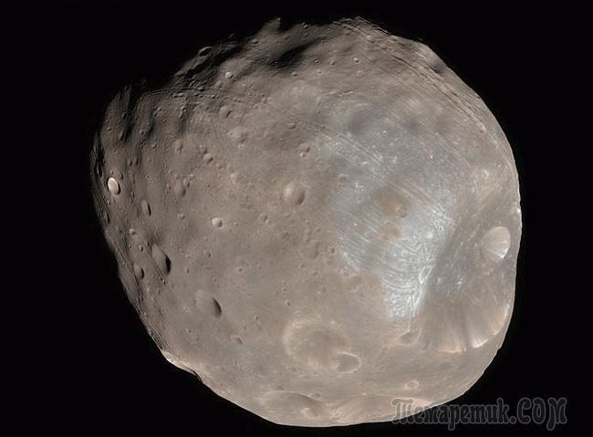 Десять безумных теорий заговора и предположений, связанных с Марсом