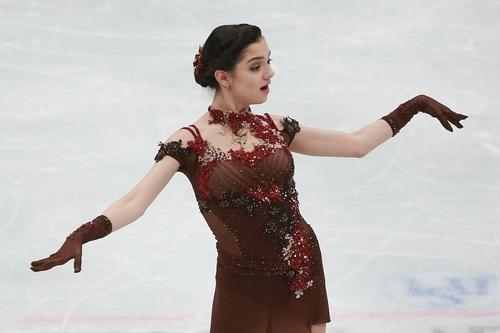 Евгения Медведева не смогла занять первое место на турнире в Канаде