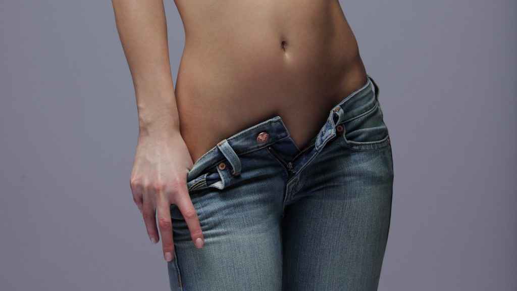 10 непреодолимо сексуальных и милых вещей, которые делают женщины