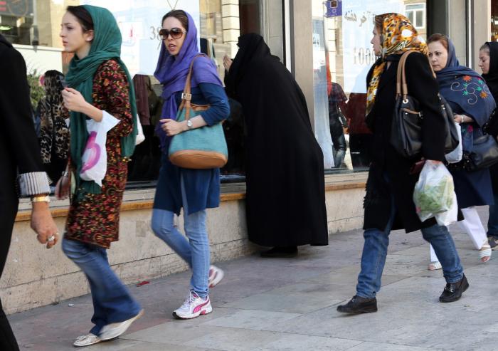 Современные иранские женщины. | Фото: cerebrallemon.com.