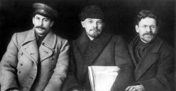 Зачем в 1922 году Россия отдала Донбасс Украине