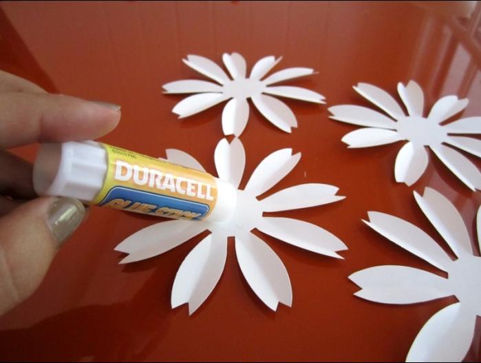 Цветы ромашки из бумаги своими руками пошаговое легкие