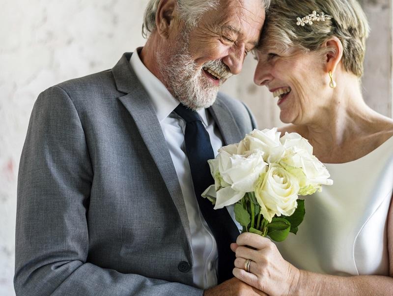 Нужно ли выходить замуж в зрелом возрасте