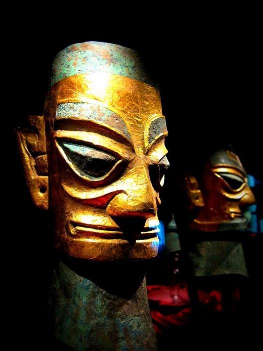 Следы загадочно исчезнувшей цивилизации, которая была намного старше Рима — бронзовые исполины Китая