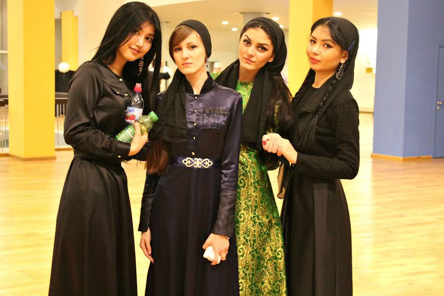Как живется девушкам в Чечне и сколько мужчин бывает в их жизни: никогда бы не подумала, что такое возможно!