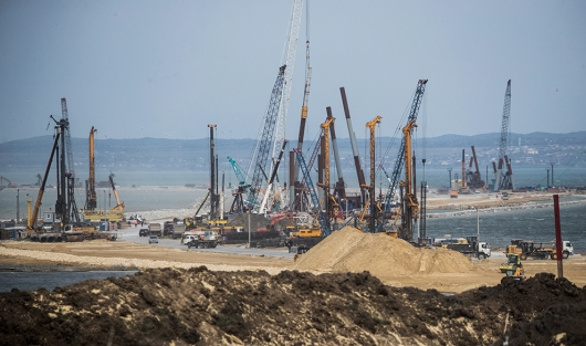 «Бюрократическая яма»: Керченский мост остался без финансирования