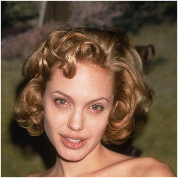 Как растерять всю красоту и «удешевить» образ, став блондинкой: показываю на примерах признанных красавиц