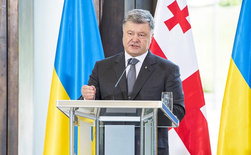 Уже через год Порошенко представит Западу процветающую Украину