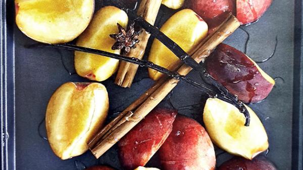 Жареные персики с ванилью, п…