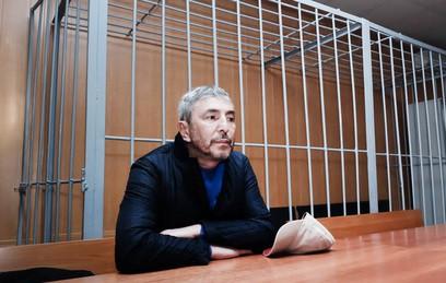 Умара Джабраилова приговорили к штрафу за стрельбу в гостинице в центре Москвы