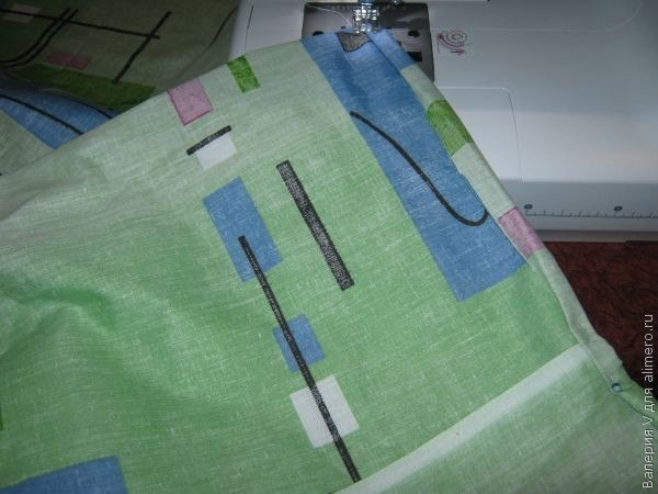 Всем понятно, что самому сшить комплект постельного белья будет намного дешевле, чем купить готовый.