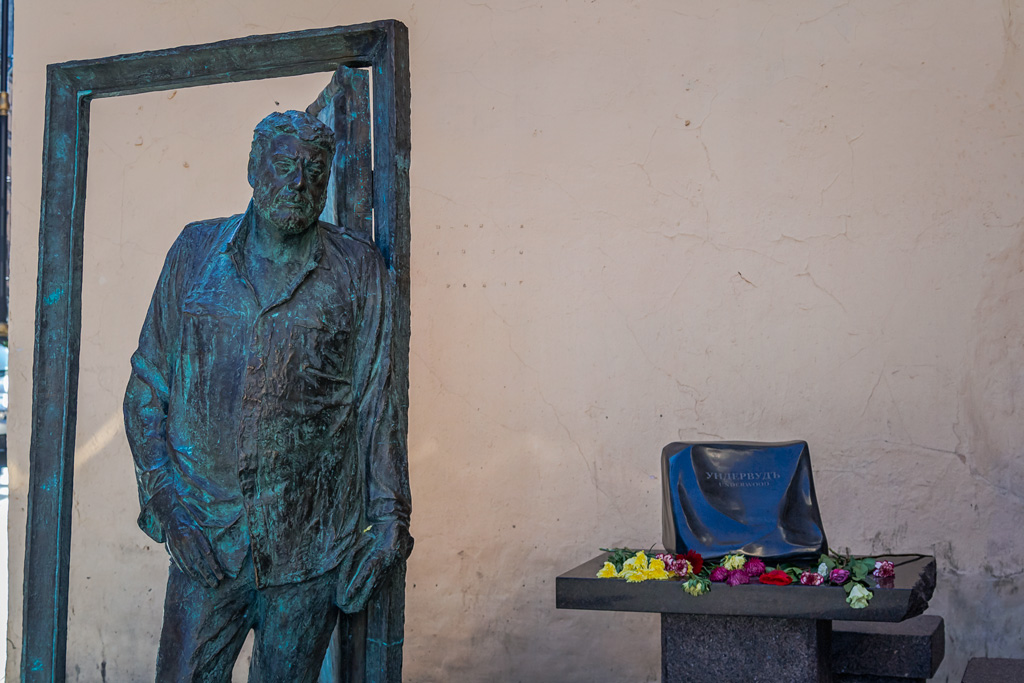 Трагедия Довлатова, ненужный писатель, забытый в Америке