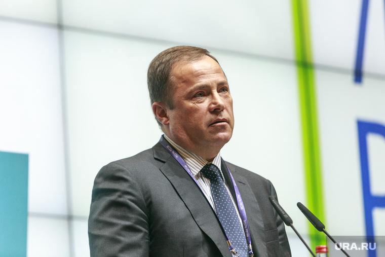 Ракеты падают не зря: Глава «Роскосмоса» заработал больше 100 миллионов рублей