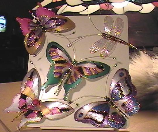 Красота своими руками: бабочки из пластиковых бутылок