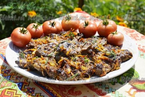 Рецепт жареной говяжьей печени с луком и морковью от Светланы гуаговой.