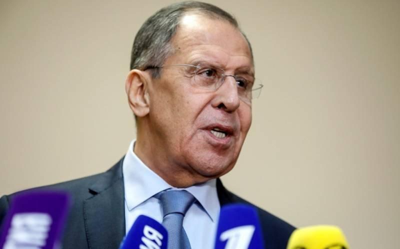 Лавров пригрозил ответом на военную активность НАТО