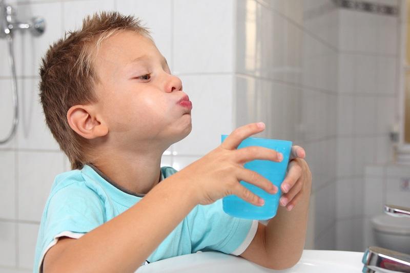 как применять хлоргексидин для полоскания рта