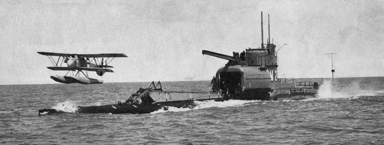 Подводные авианосцы Японии.