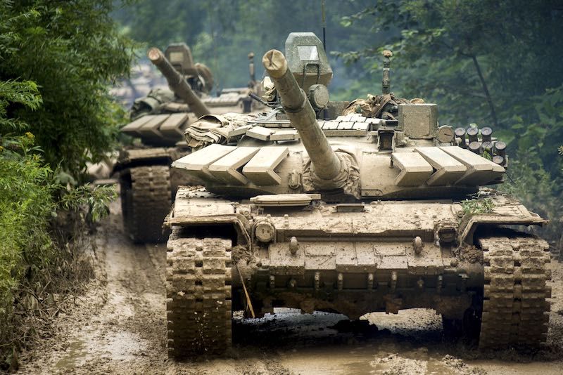 Китайские военные: 84 км/ч российского танка Т-72 – это скорость победы на «АрМИ-2019»