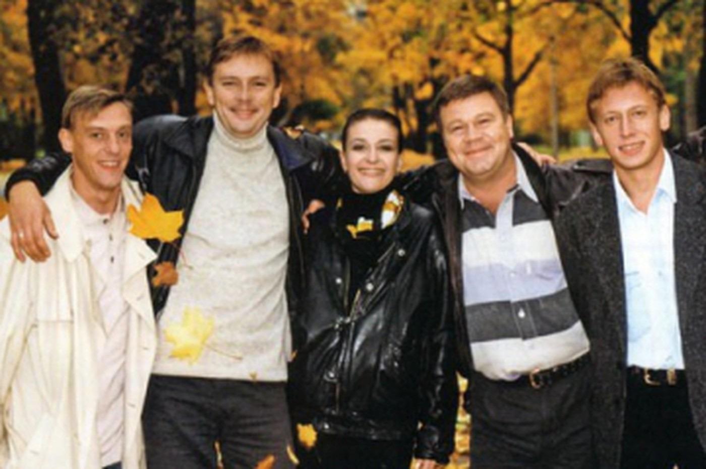 На 24 года моложе: ради юной студентки Селин бросил жену, с которой прожил более 20 лет