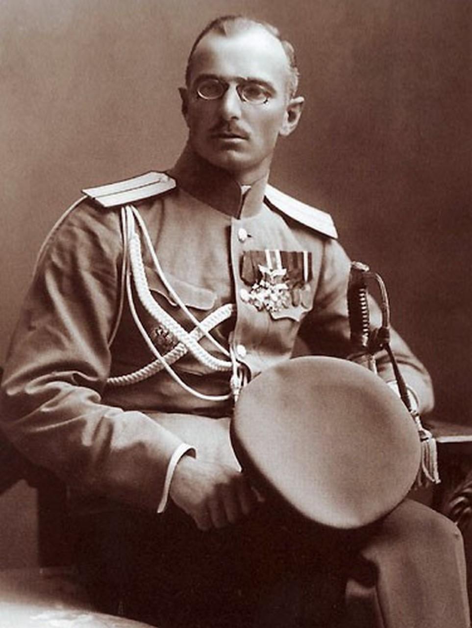 Генерал Дроздовский: О немцах, большевиках, а также – «хамах и рабах»