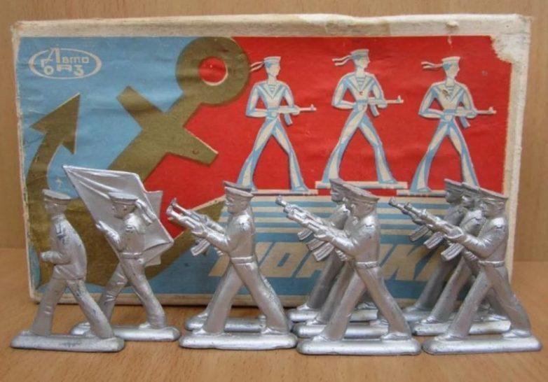 Игрушечные солдатики 70-80х