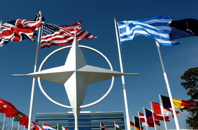 В Сенате США предлагают ограничить Трампа в возможности выхода из НАТО