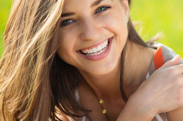 Ослепительная улыбка. Как отбелить зубы и избавиться от налёта