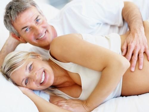 «Тьфу, стыдоба!»: готово ли общество к беременности после 40?