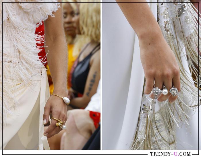 Модные кольца из коллекции Oscar de la Renta весна-лето 2019