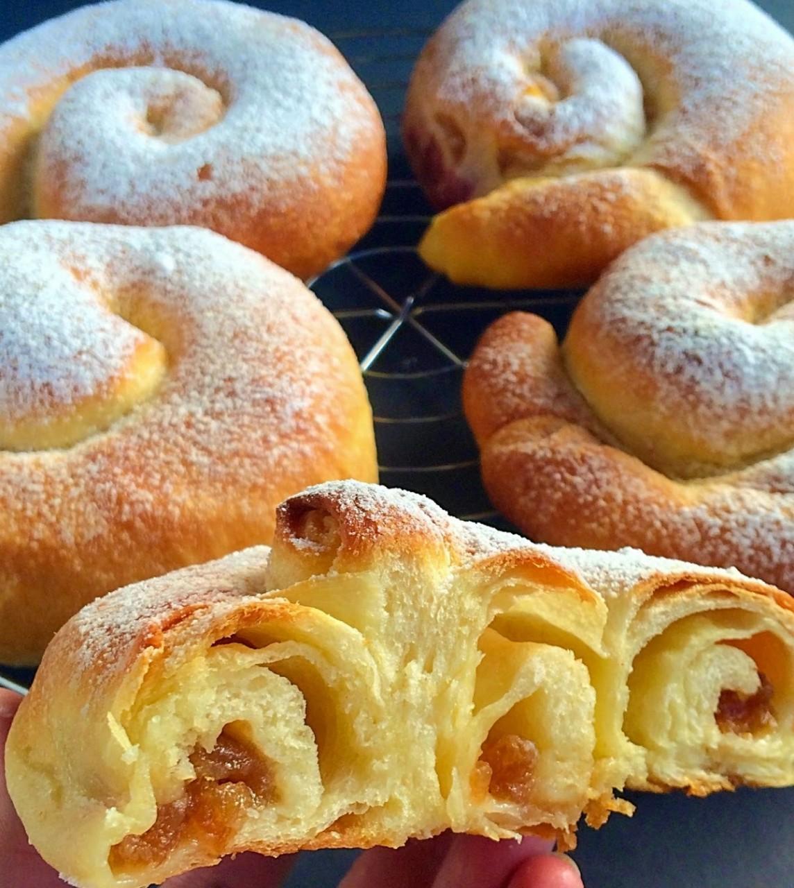 Испанские булочки ensaimadas рецепт с фото пошагово