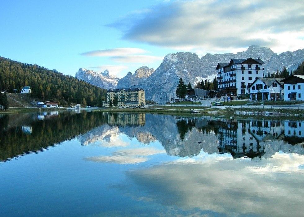 Озеро Мизурина – жемчужина Доломитовых Альп