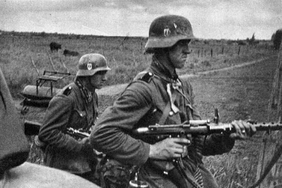 Каратели против вояк: почему…