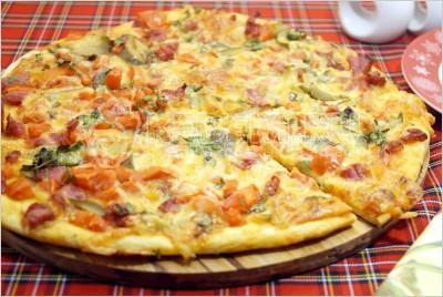 Тонкая пицца.