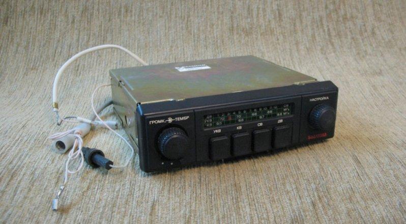 2. Чисто «Восьмерка»: радиоприемник Былина-315-08 магнитола, магнитофон, приемник